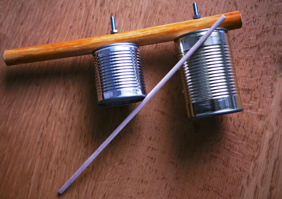 instrumento_musical_capoeira_agogo_contruido_material_reciclavel_bichodacapoeira